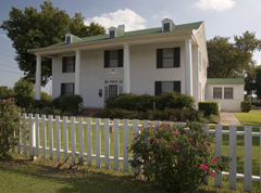Front exterior view of Sam Rayburn House Museum