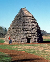 The grass house that previously stood at Caddo Mounds State Historic Site.