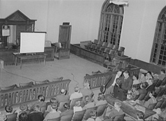 The district courtroom from the balcony, 1939. (Library of Congress)