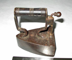 1840s Kenrick child's iron