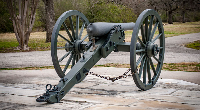 The Old Val Verde cannon.