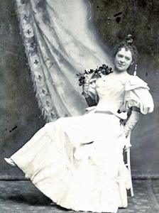 Anne Buford-Magoffin, ca. 1890s.