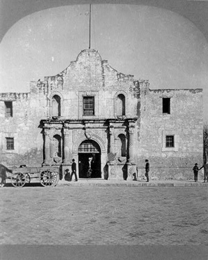 1909 stereoview of the Alamo.