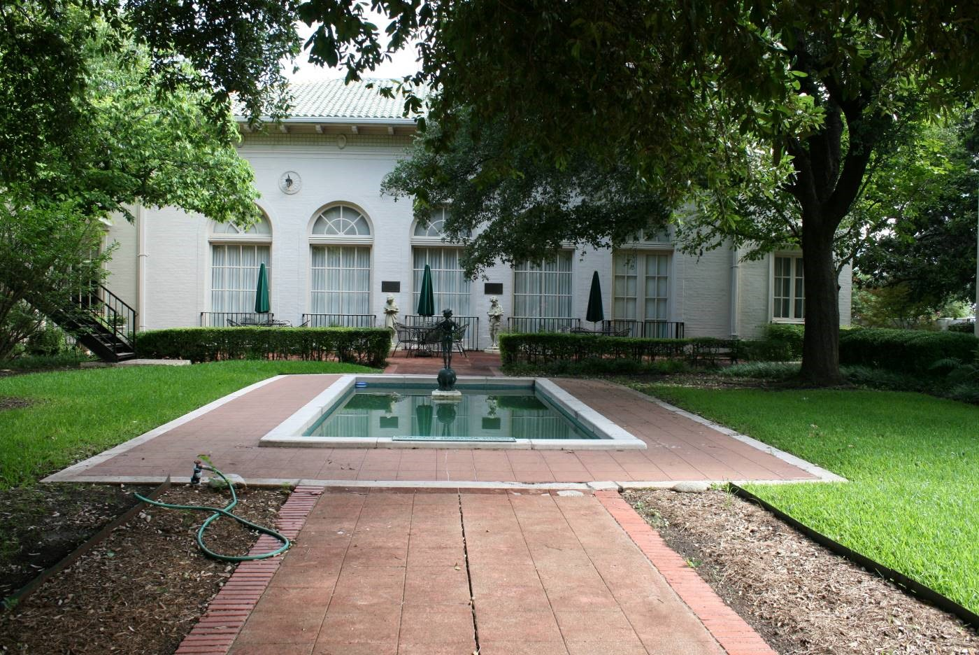 Anna Shelton Hall and Benjamin Johnston Tillar Memorial Garden at the Woman's Club of Fort Worth