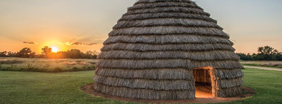 Koo-Hoot Kiwat: The Caddo Grass House