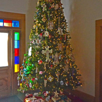 Magoffin Home Christmas tree.