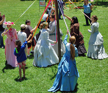 Fulton Maypole with Participants