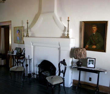 Interior room of Magoffin Home.